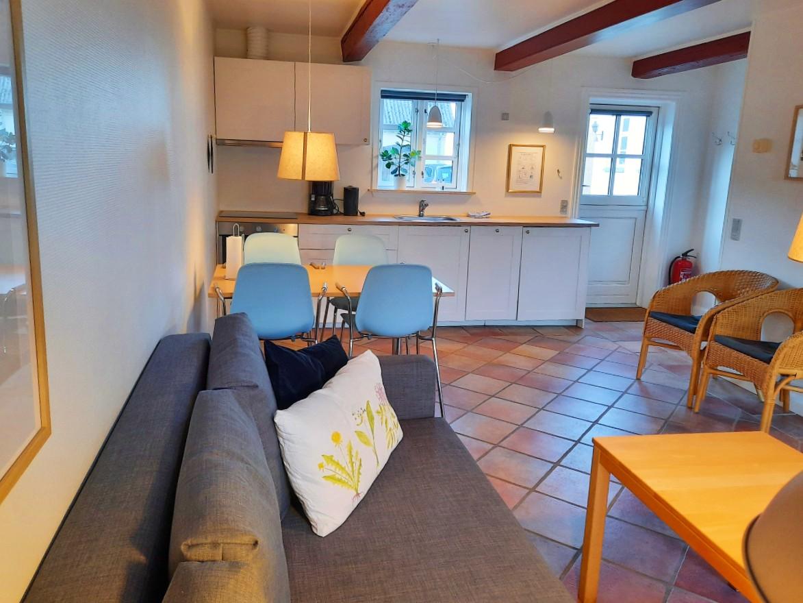 Küche-Wohnzimmer Waschküche